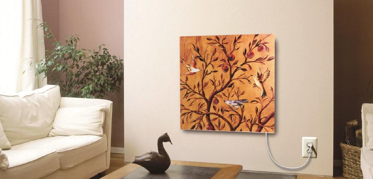Promiennik podczerwieni zawieszony na ścianie i pomalowany farbami