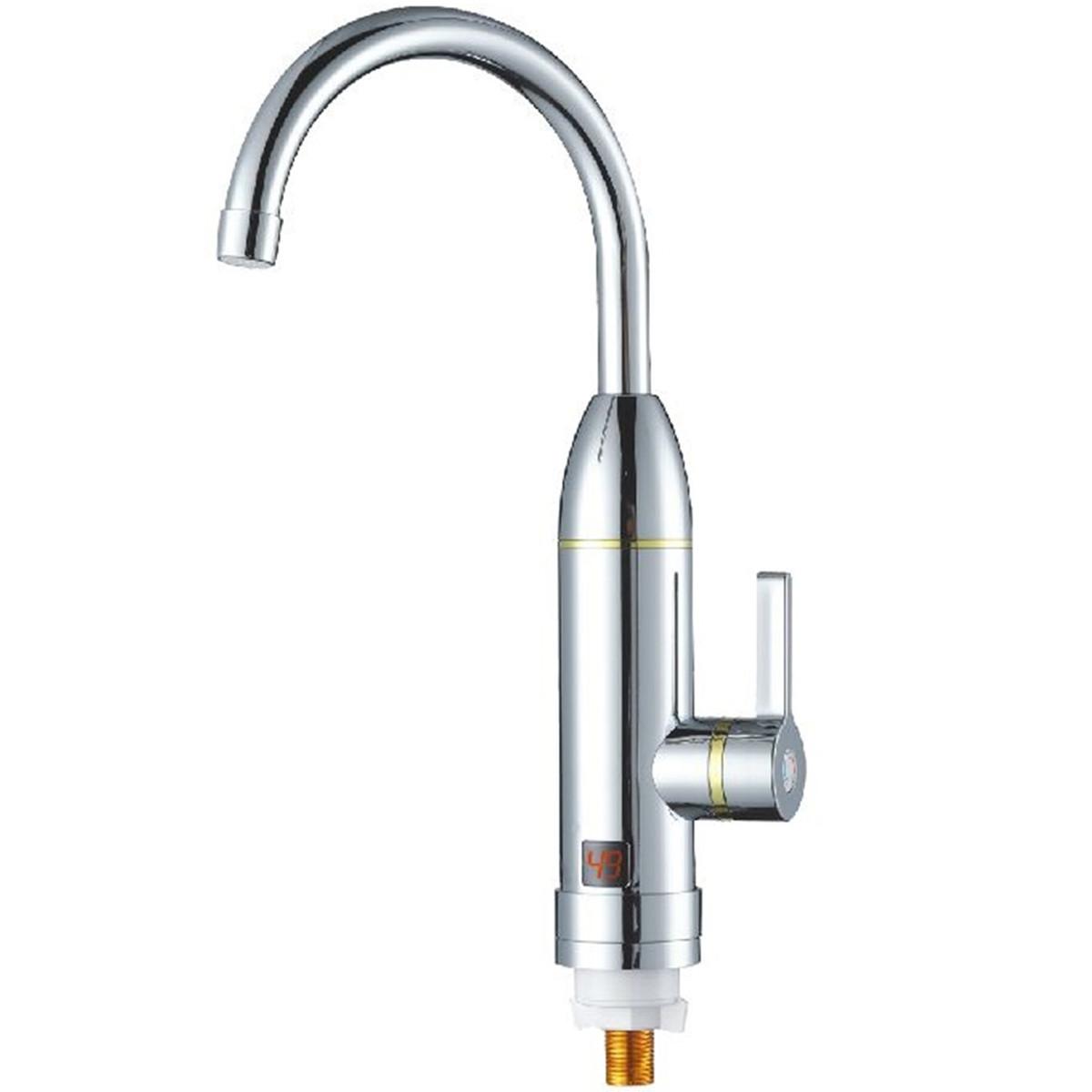Elektryczny podgrzewacz wody na zbliżeniu