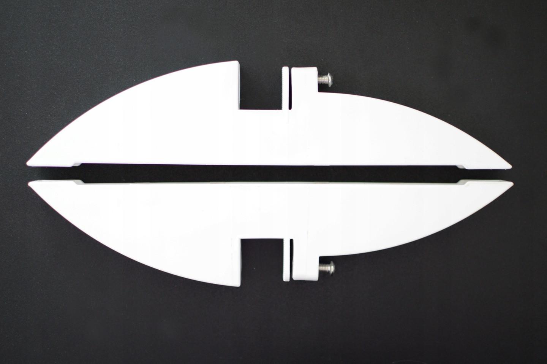 Nóżki do grzejnika na podczerwień od boku