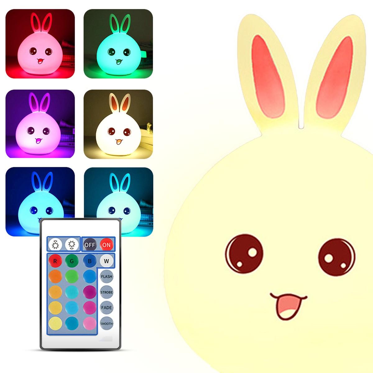 Różne kolory, na jakie może świecić lampka LED Bunny